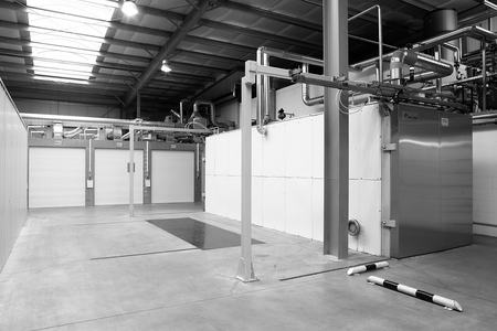 Blick auf Ethylenoxid-Sterilisationskammern von pfm medical msg