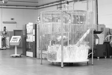 Extrusionsblasform-Maschine zur Herstellung von Redon-Flaschen